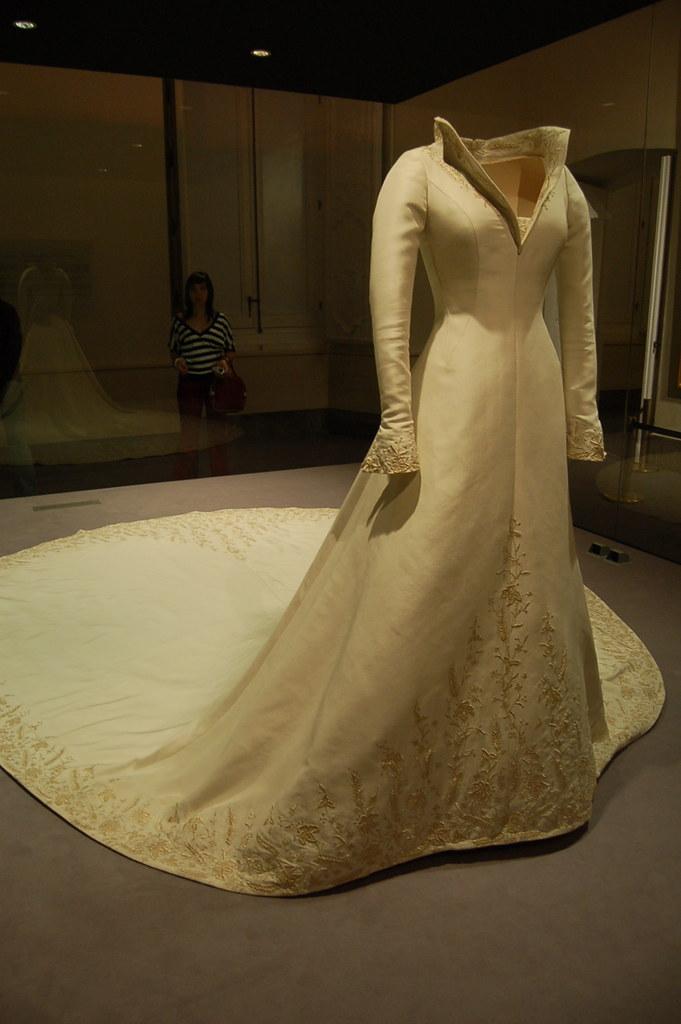Wedding Gown used by Queen Letizia - Palacio Real de Aranj… | Flickr