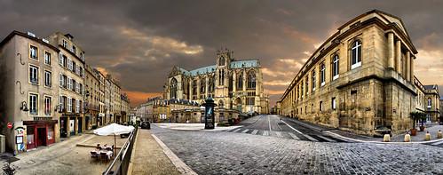 Place de chambre et cathedrale saint etienne metz lorrai for Chambre 57 metz