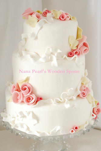 Romantic Rosettes Wedding Cake | by www.nanapearls.com