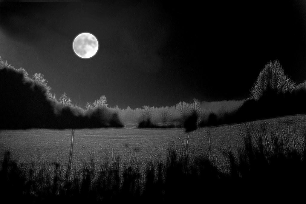 """Résultat de recherche d'images pour """"moon snow"""""""