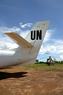 UN plane and the EUFOR helicopter in Sam Ouandja | by hdptcar