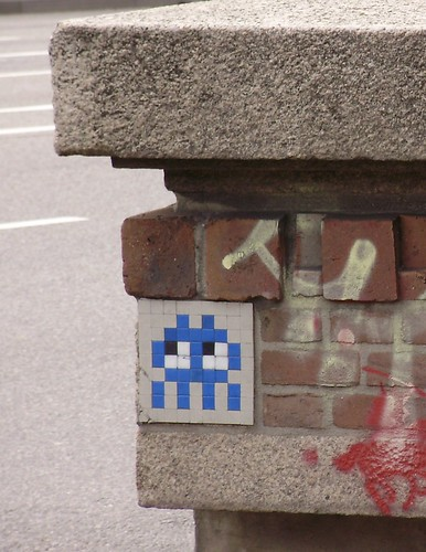 space invader | by uair01