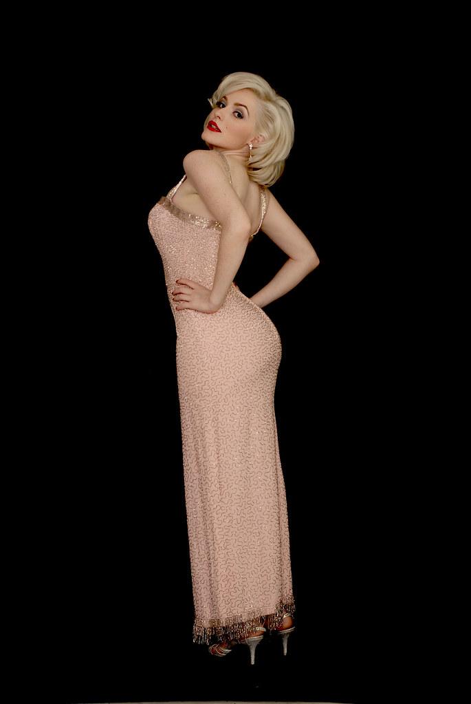 Marilyn Monroe Impersonator Arianna in Replica of JFK Birt… | Flickr