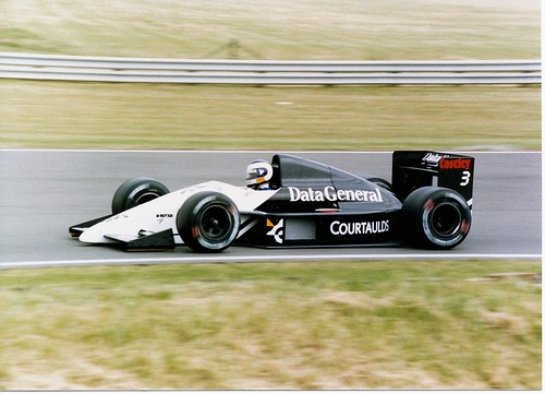 Jonathan Palmer Tyrrell DG016 Ford Cosworth F1 Silverstone 1987 British Grand Prix | by Antsphoto