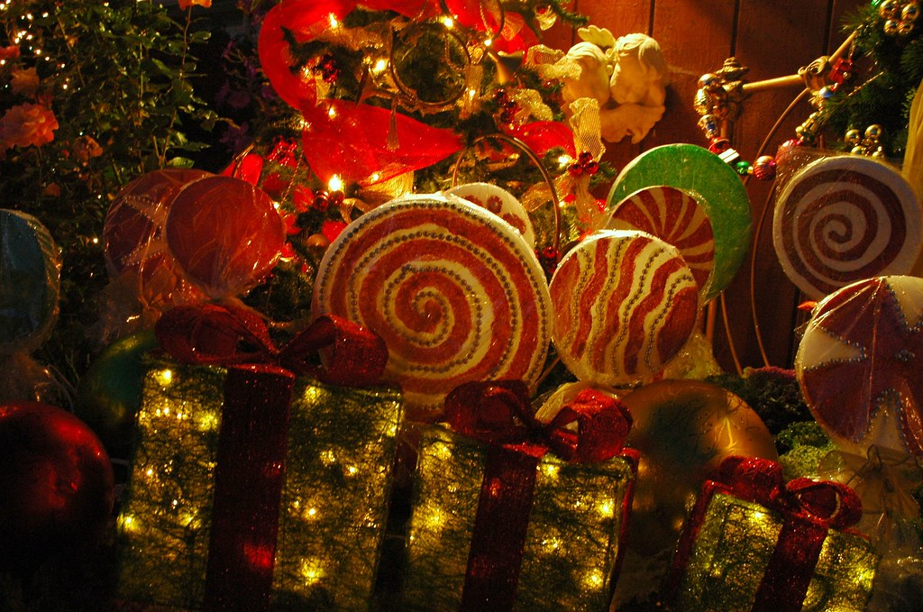 christmas candies lights and decorations angels mill rose inn half moon