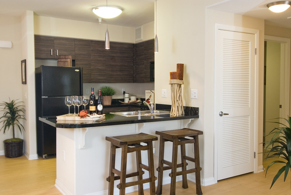 5600 Wilshire Kitchens Offer Ebony Cabinetry As One Of Their Kitchen Packages