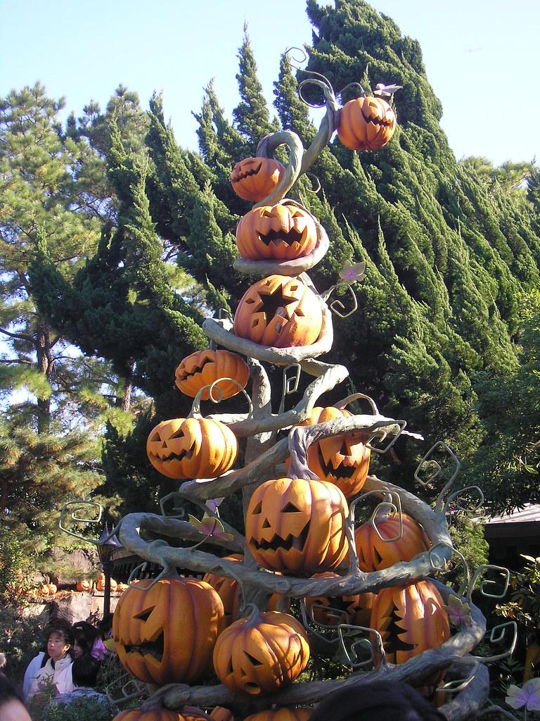 Pumpkin Christmas Tree - Nightmare Before Christmas Haunte… | Flickr