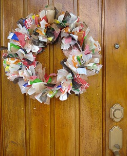 Class: plastic bag wreath | by eclectica miami