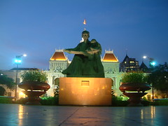 Statue of Ho Chi Minh - Ho Chi Minh City Vietnam | by les.butcher