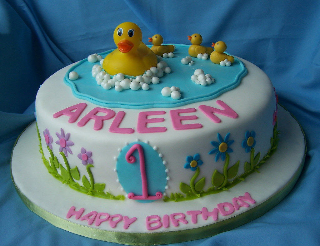 Duckflowers theme cake for a first birthday Mama duck i Flickr