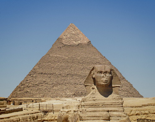 Sphynx and Khafre' Pyramid | by zolakoma