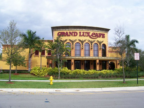 Grand Lux Cafe Galleria Prices