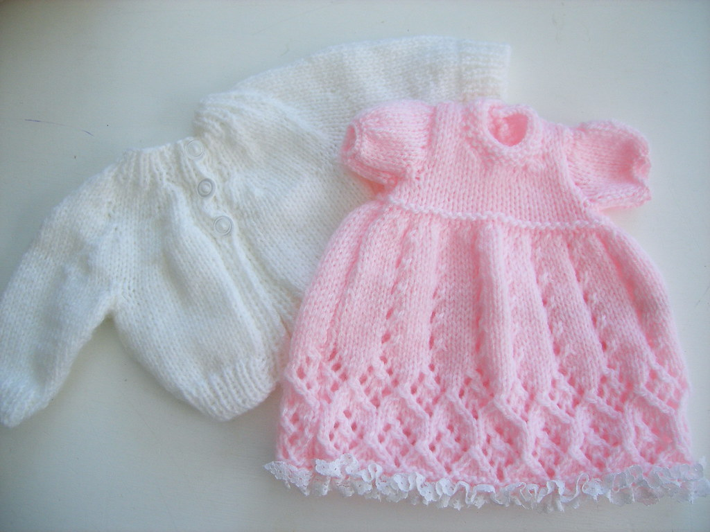 hand knitted doll clothes | hand knitted dolls clothes www.p… | Flickr