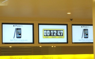 iPhone 2.0 Launch - Countdown | by sikosis