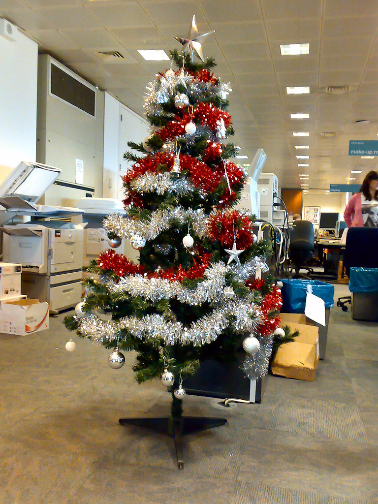 Office Christmas Decorations #1 | See here - finkangel.blogs… | Flickr