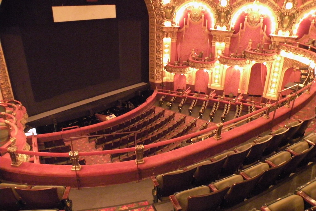 Cutler Majestic Theatre Seating Brokeasshome Com