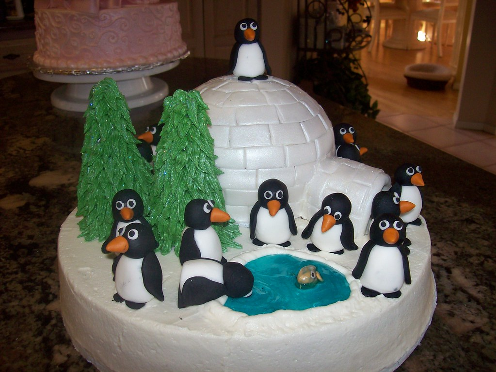 Penguin Pals Birthday Cake Buttercream Cake With Fondant Flickr