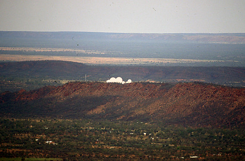 how to get from alice springs to emily gap