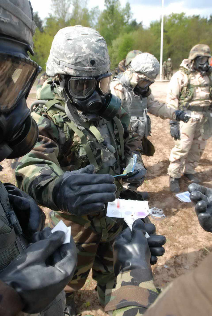 43rd Signal Battalion, conducts Common Task CBRN Training.… | Flickr