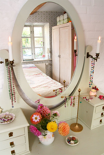 Mirrored Dressing Table | by Live Bohemian