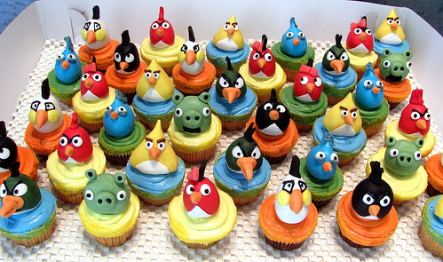 Angry Bird Cupcakes | by New Rosebud