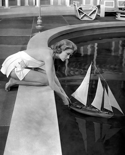 Grace Kelly in High Society 1956 | by theusherette