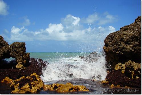 praias-de-nudismo-no-brasil-massarandupio-bahia-nudez