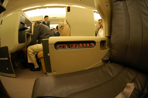 SingaporeAirlines A380 Business Class (seat) | by PYONKO