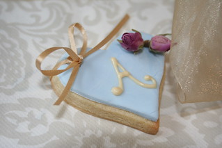Rosebud wedding favour | by www.victoriamade.com