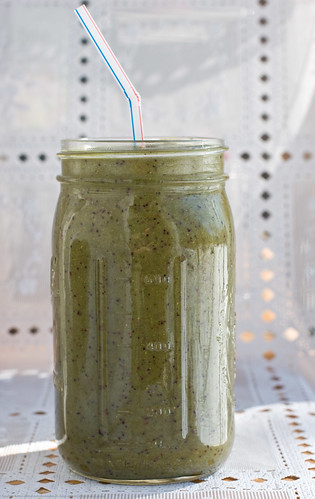 Raw+Simple: Spicy Kale Sprout Fruit green smoothie | by nikaboyce