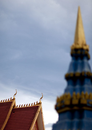 Laos temple roofs | by Eric Lafforgue