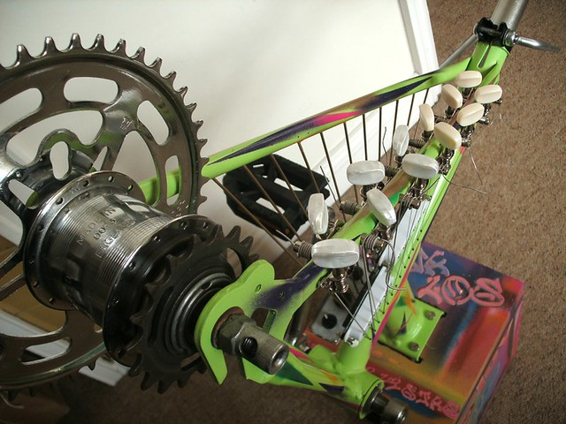 Bike Frame Electric Harp 3 | Hybrid of guitar parts and recy… | Flickr