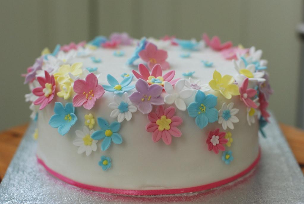 Flower Power Cake By Mariepaule888