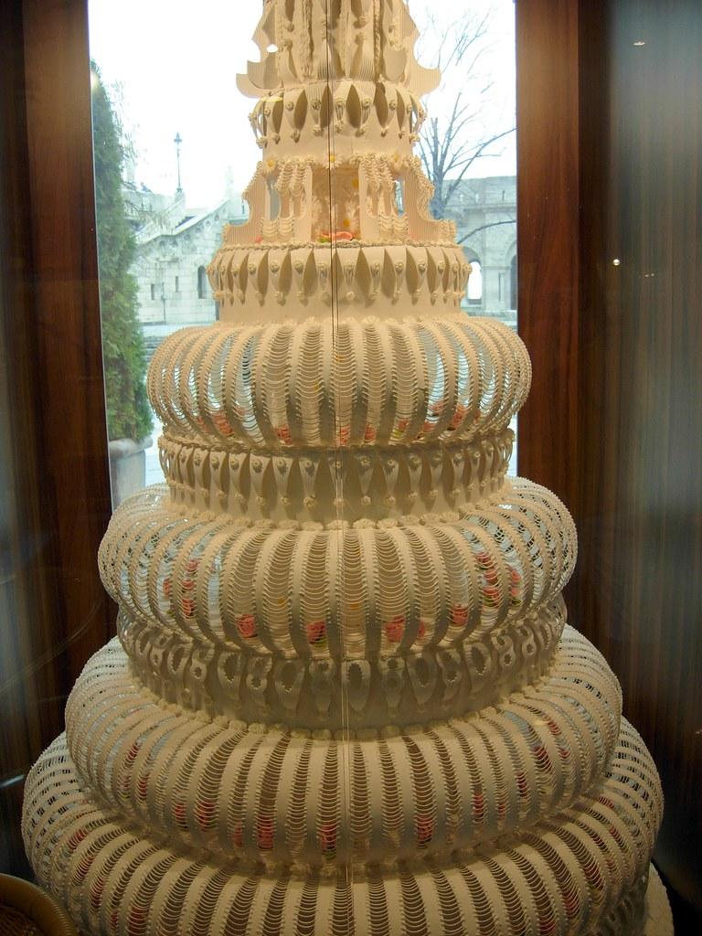 Biggest Wedding Cake Ever The Biggest Wedding Cake Ever M Flickr - The biggest birthday cake