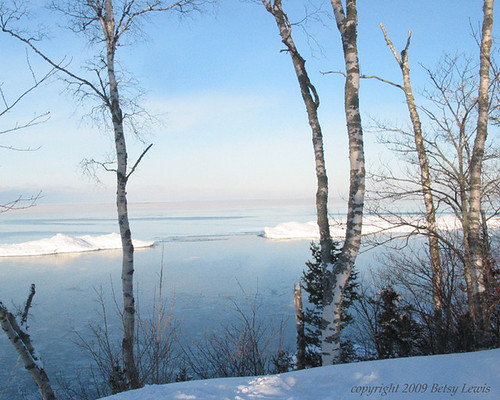 Lake Superior Bluff January 28, 2009 | by Eye See 360