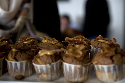Chocolate Peanut Butter Bacon Cupcake | Reviewed at ...