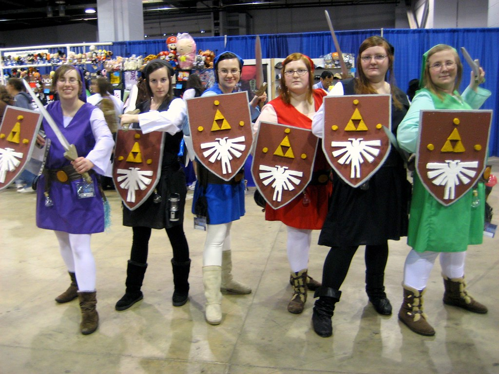 Links at anime central 2009 by annathered