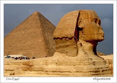 BIJ_2903a: The sphinx with the Khufu Pyramid | by Bijanfotografy