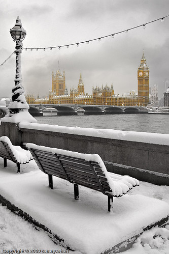 Snow in London II | by canary.wharf