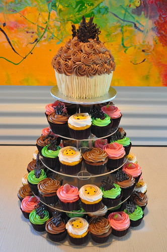 Splash Smiles Cupcake Tower | by Cupcakes by Paolo