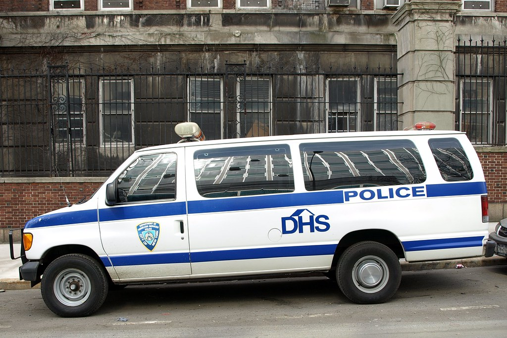 DHS Department of Homeless Services Police Van, New York C… | Flickr