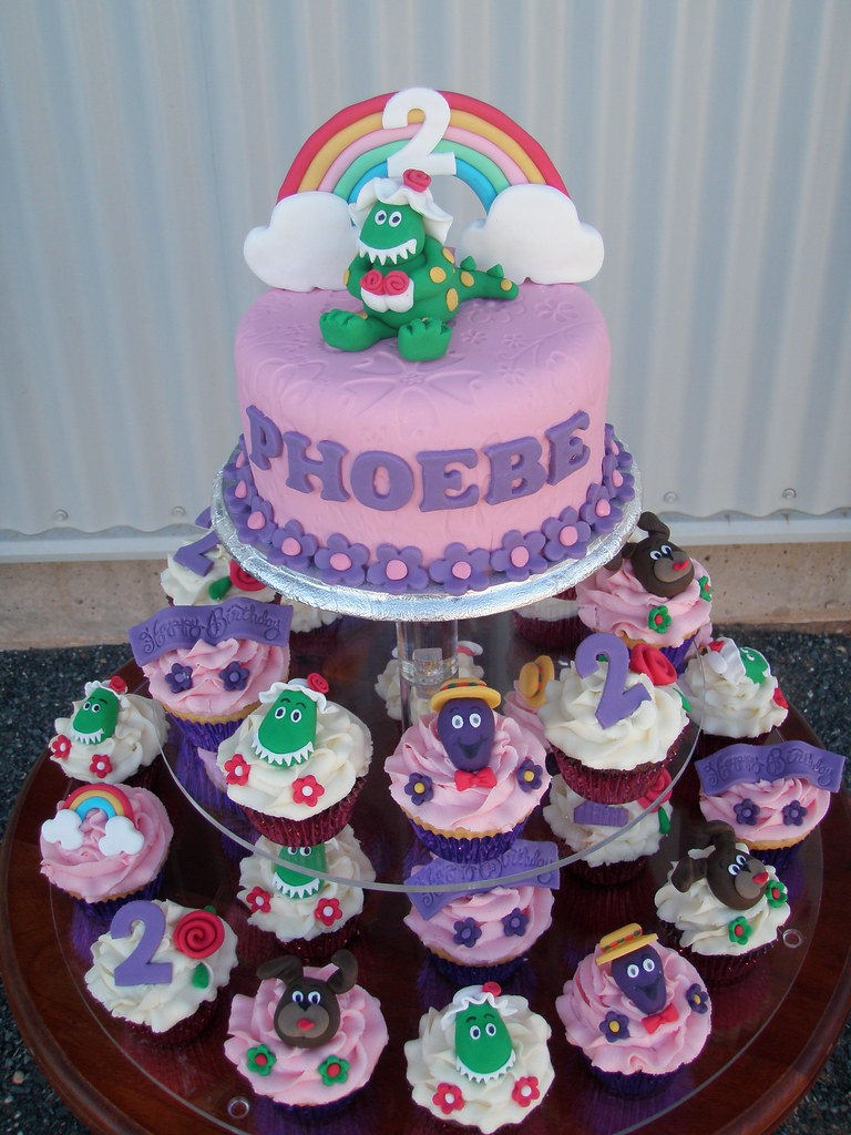 Mossys Masterpiece Phoebes 2nd Birthday Wiggles Cake Flickr
