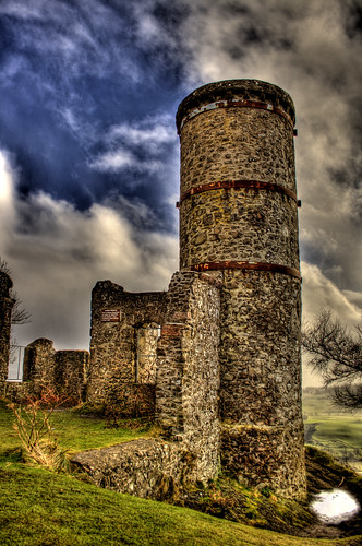 Kinnoull Hill Tower (in colour this time) | by ketscha