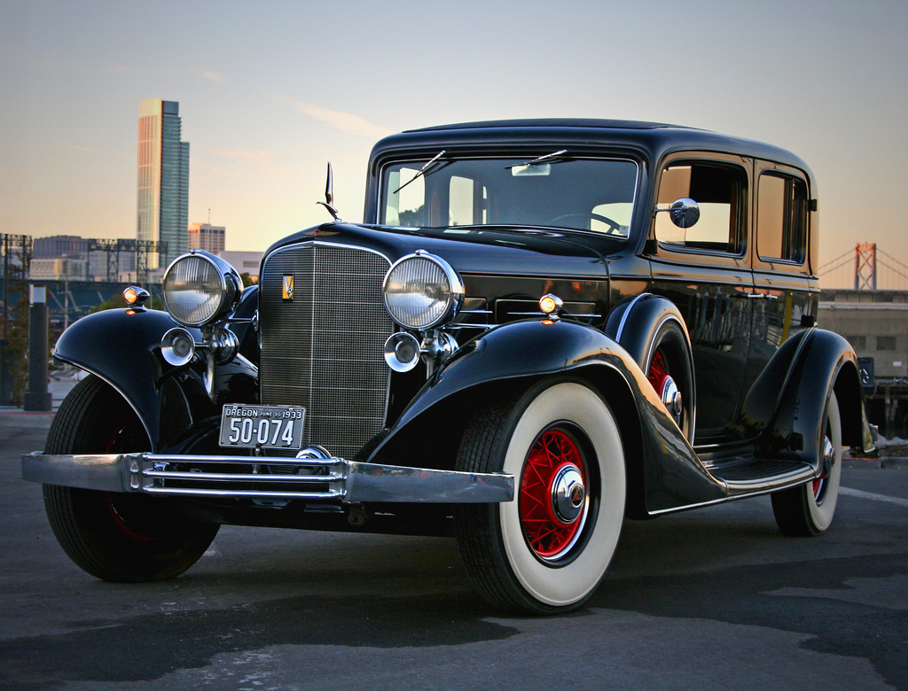 1933 Cadillac Town Sedan A Priviledge To Care For This Cad Flickr