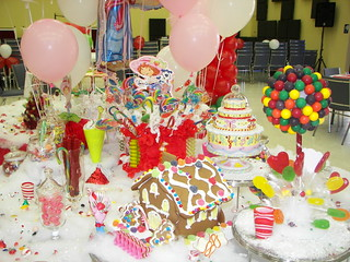Strawberry shortcake candyland birthday party decorations for R b party decorations