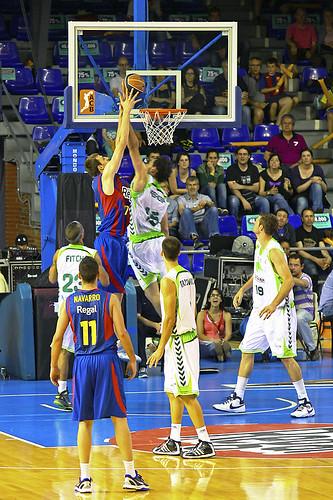 Basket fc barcelona unicaja ltim partit de la lliga for Unicaja barcelona oficinas