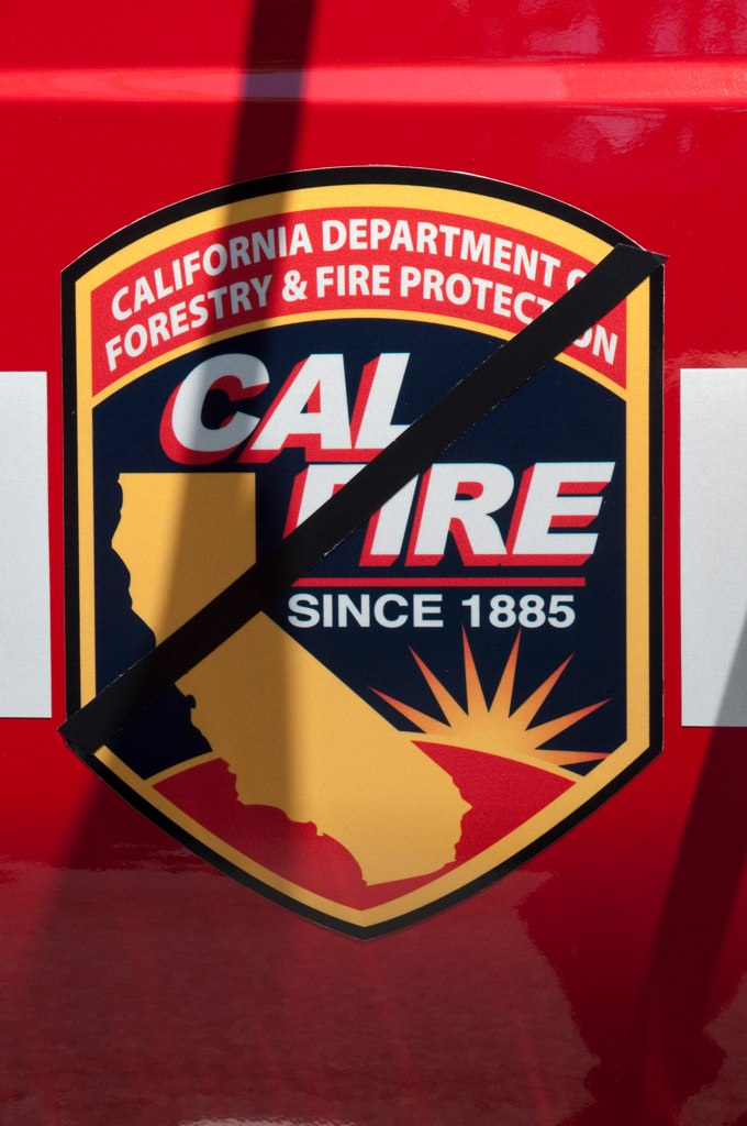 cal fire logo the calfire cdf logo on an international f flickr