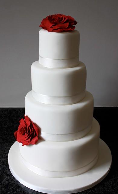 Red Rose Wedding Cake Www Cakebysugar Com Simple Ivory Wed Flickr