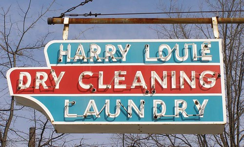 Harry Louie Dry Cleaning | by RoadsideArchitecture.com