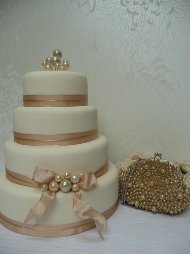pearl and ribbon wedding cake | by cakes from the sweetest thing (Susan)